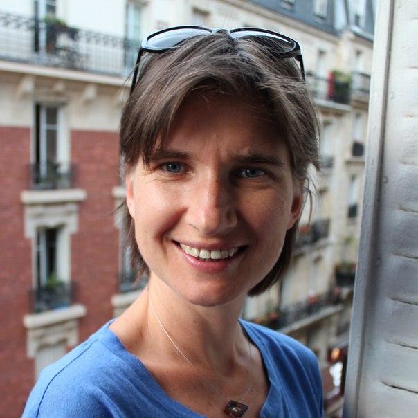 Оксана Ермолова гид в Париже, экскурсии на русском языке