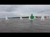 Старт одной из гонок Первенства России по парусному спорту в классе яхт