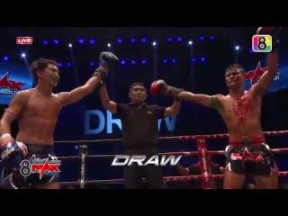 คัดมาให้ดูแบบชัดๆ หมัด เท้า เข่า ศอก! 8 Max Muay Thai | 24-