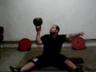 Жим вверх дном гири 32 кг*15 сидя на полу/32kg sitting bottom up press