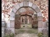 От рук вандалов пострадала «Жемчужина Восточной Прусии» - кирха, построенная в н...