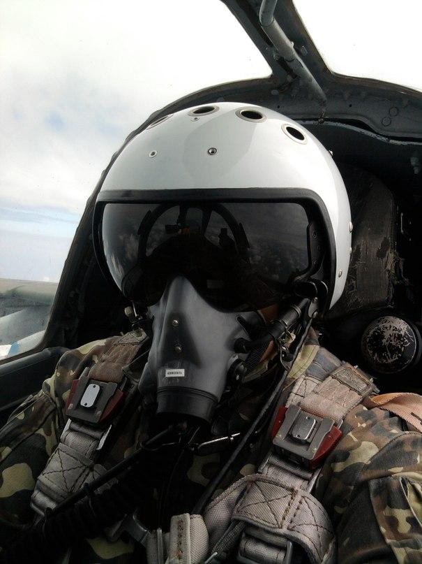 Ко Дню Воздушных сил Генштаб ВСУ обнародовал видео подготовки украинских летчиков - Цензор.НЕТ 7127
