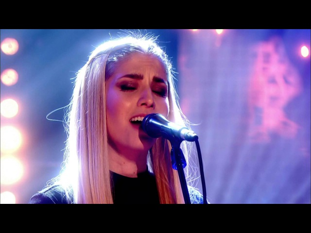 London Grammar perform Strong live on the Graham Norton Show