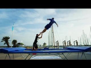 Нереальные прыжки на батуте