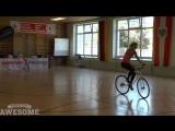 Вам нравится кататься на велосипеде? А кто-то, похоже, просто обожает это дело!