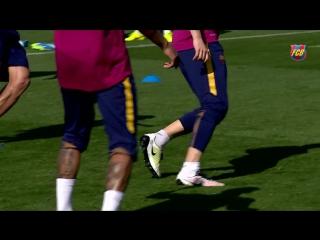 FC Barcelona training session- Preparations continue for El Clásico