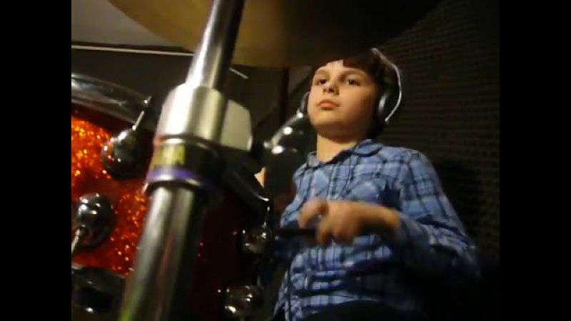 ALEX Perkusista 8 lat 8yo drummer AMBERIAN DAWN Knock knock who`s there drum cover