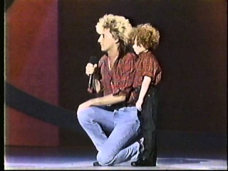 Rod Stewart - American Music Awards 1989 My Heart Can't Tell You No Forever Young