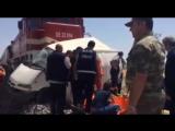 8 человек погибли в Турции при столкновении автобуса с поездом (20.06.2016)