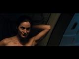 Керри-Энн Мосс (Carrie-Anne Moss) голая в фильме «Красная планета» (2000)