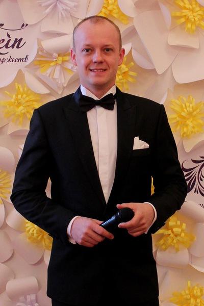Николай Исаков