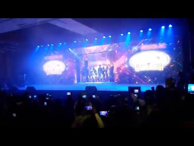 Shahrukh khan's grand entry at Nerolac event in kolkata Gerua song