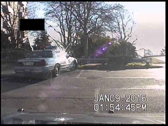 Человек с ножом напал на полицейских. Керри парк. Сиэтл. 09.01.2016