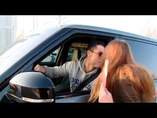 Cristiano Ronaldo cumplio el sueño de esta fan y le dio un beso | 2016