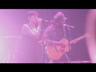 Nelly Furtado & Dev Hynes - Say It Right