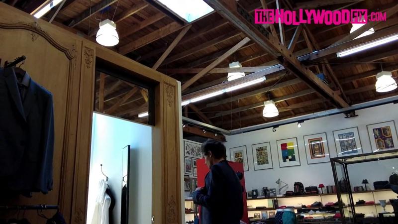 Луи с Луизой Тисдейл на шоппинге в ЛА (3 мая)