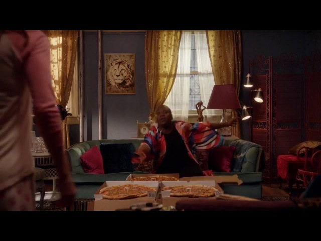 Titus Andromedon Pizza party for one Unbreakable Kimmy Schmidt