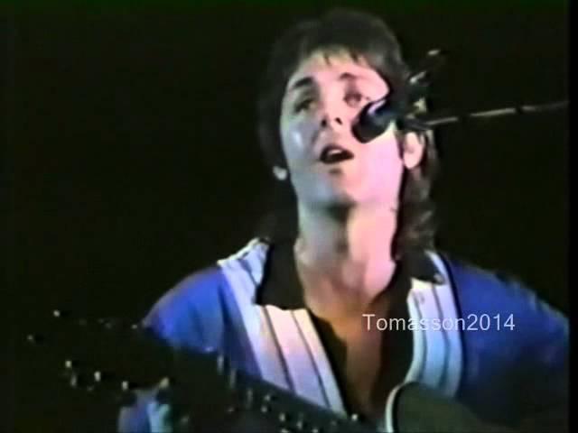 Paul McCartney Blackbird - Yesterday Live in Australia 1975