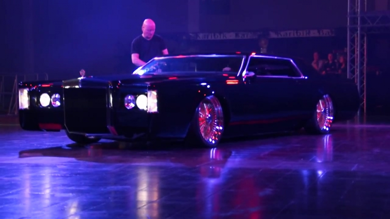 Lincoln Continental Mark V Lowrider Show @ Tuningworld Bodensee 2014