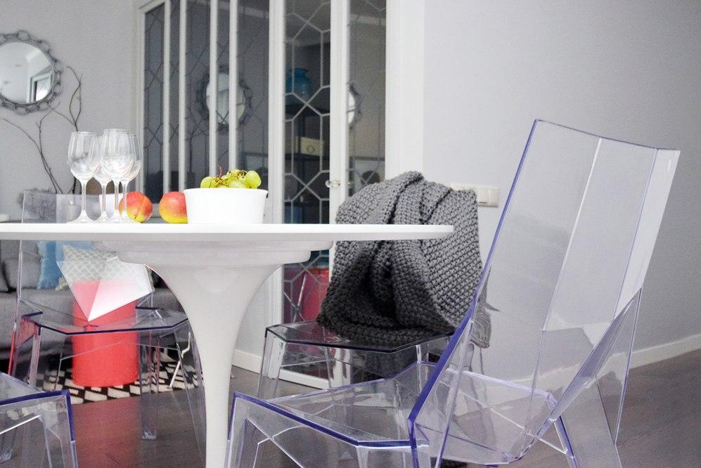Перепланировка квартиры 40 м (+ балкон 3 м) в студию в Москве.