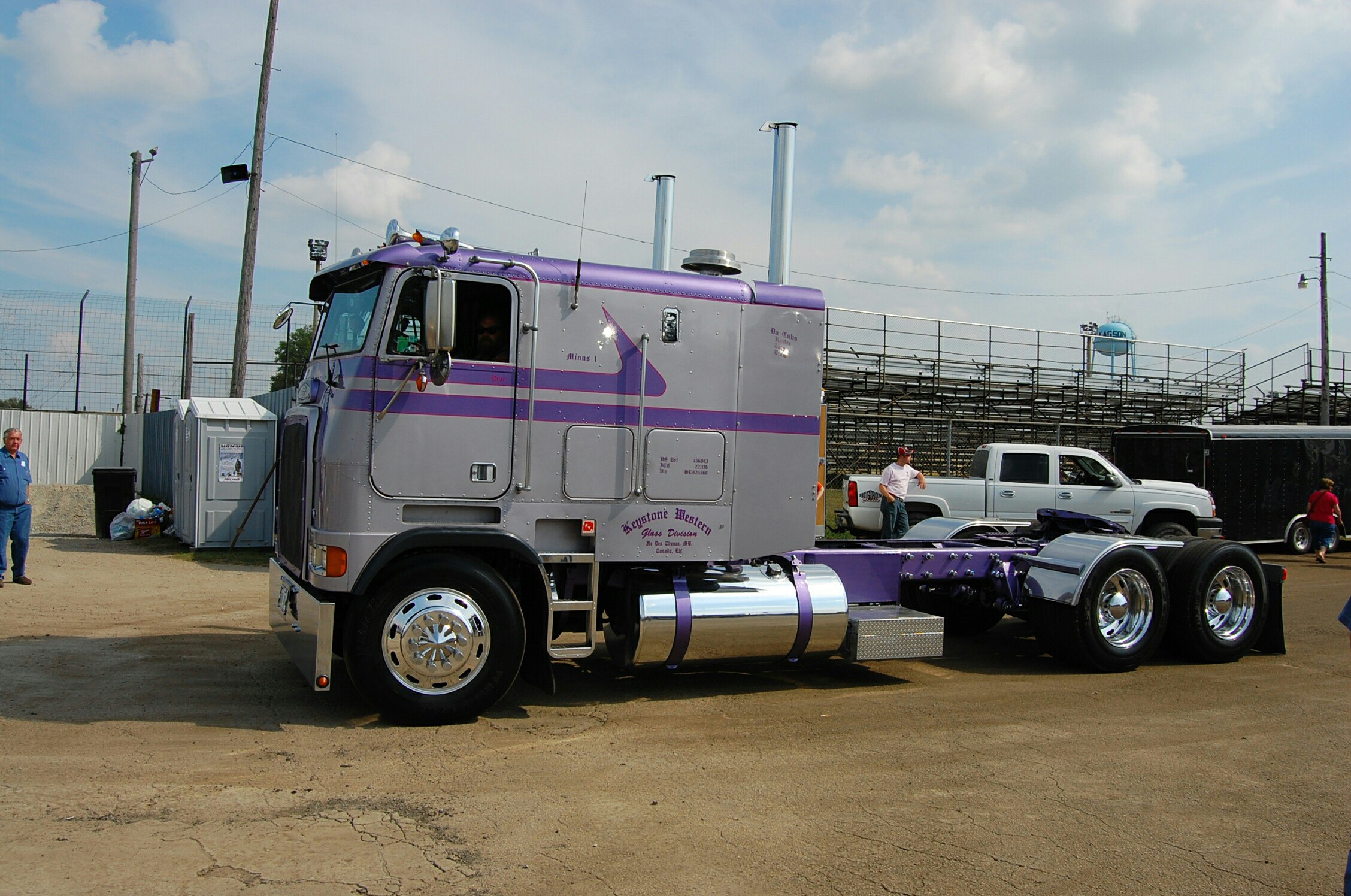 модель грузовика с фильма Терминатор