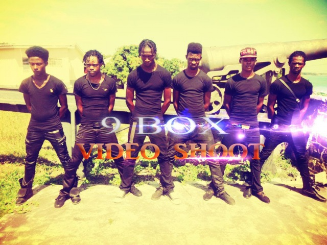 Gage 9 baxx. Face Xpression FT Endevarous (9 Boxx) (Short Circuit)... NEW DANCE MOVES 2014