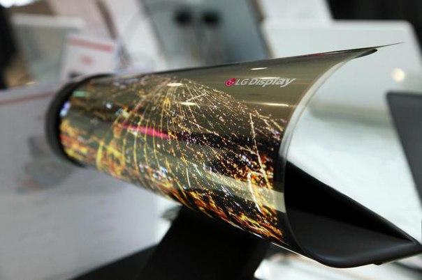LG работает над сгибающимися дисплеями для мобильных устройств