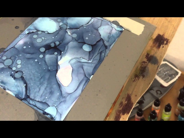 Alcohol Inks Tutorial: mono(bi)chromatic works on yupo