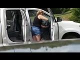 Когда муж сказал помыть машину не только снаружи, но и внутри :))
