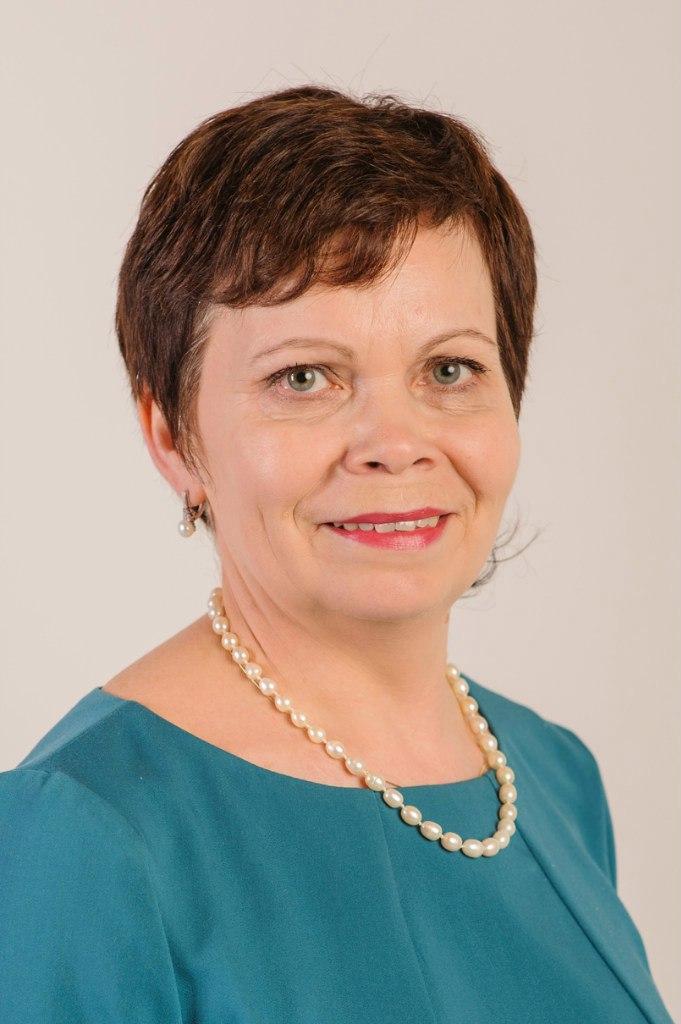Братусь Валентина Викторовна, директор МАУДО, Школа Искусств, Сыктывкар