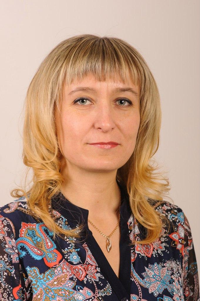 Симонова