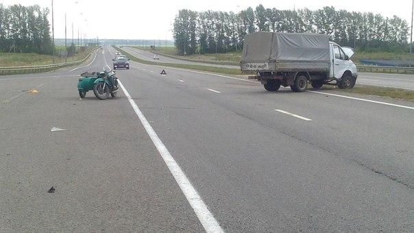 В результате ДТП пострадали водитель и два пассажира