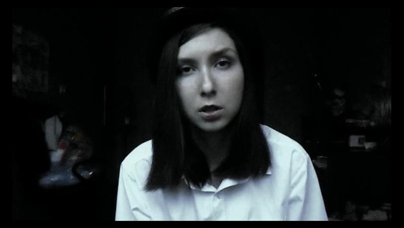 Sokoltsova Він розчаровано ввімкнув нове кіно