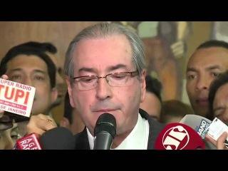 Eduardo Cunha chora e diz ser vítima de perseguição covarde