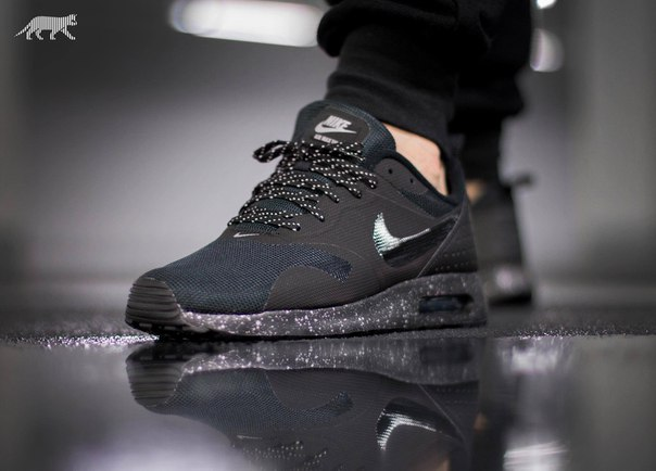official photos dedf2 46c0b Nike Air Max Tavas Se Black