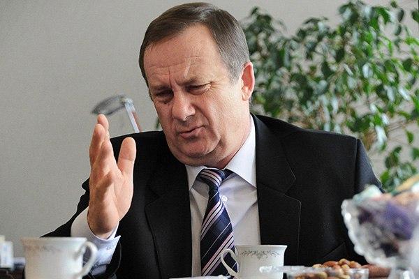 Мэр Таганрога Владимир Прасолов приговорен к 1 году колонии за злоупотребление полномочиями
