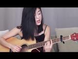 Милая девушка исполнила кавер на песню