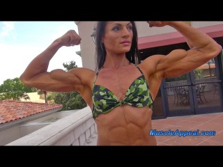 Female Muscle In Orlando 2016