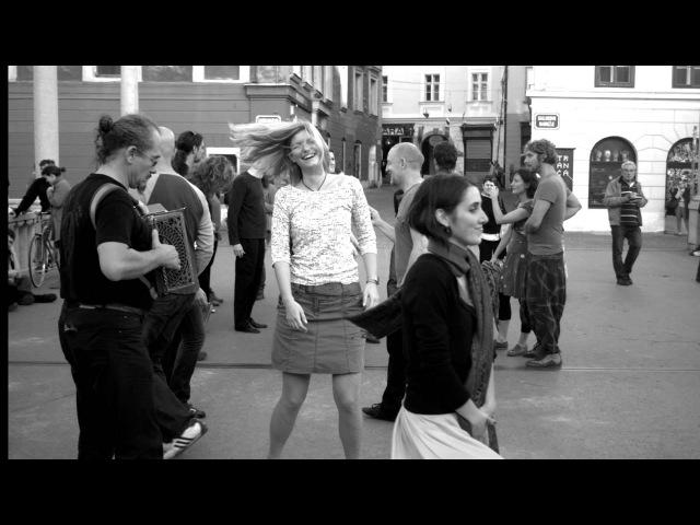 Clandestine (Parasol) - Mazurka Klandestina