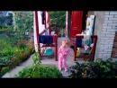Анечка танцует на даче