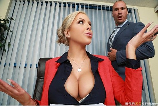 BigTitsAtWork – Nina Elle – Eating In The Meeting