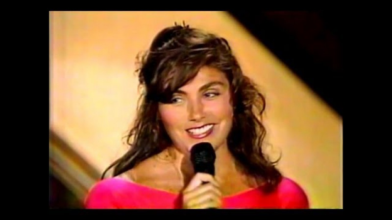 Laura Branigan - Spanish Eddie LIVE [cc] Cohosting Solid Gold wRay Parker Jr Ghostbuster cameos