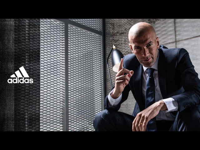 Adidas Первый решает Зинедин Зидан