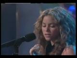 Shakira - No and Interview - Live at Sabado Gigante