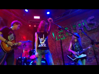 Loud'n'proud - paranoid 2 (live veritas club)