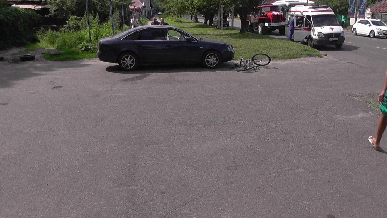 """Водитель """"Ауди А6"""" сбил подростка на велосипеде"""