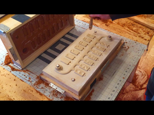 Cast Aluminum Dominoes Sand Molding and Shake Out part 2