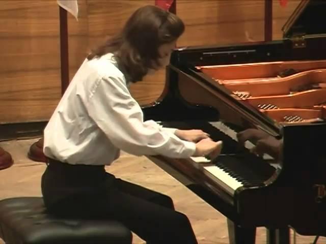 Бетховен соната №6 F-dur ( 1часть ). исп. Николай Кузнецов (фортепиано)