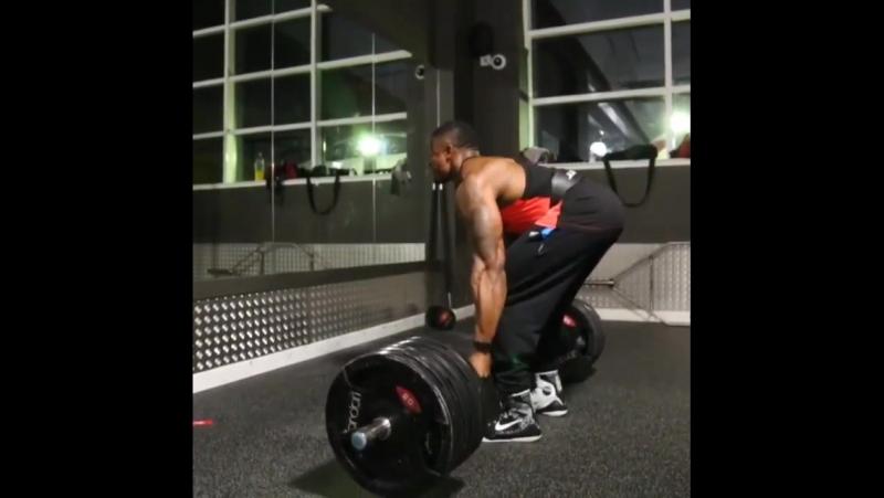 Simeon Panda's Deadlift 260 kg/573 lbs