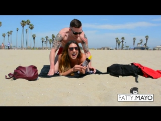 Picking up hot  sexy california girls with a massage - funny prank